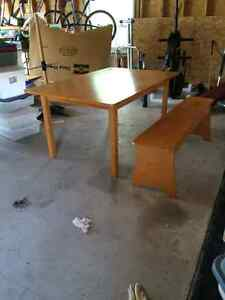 Childrens work/play table