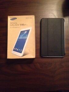 "Tablette Samsung 7""0 8g  100$ négo"