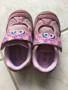 Strike rite Sesame Street shoes size 7.5 toddler