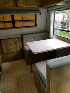 Lynx travel trailer 31 feet