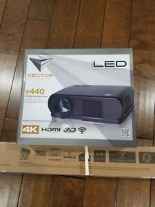 Vector projector V440