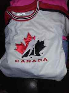 2t canada jersey