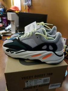Adidas Yeezy 700 Wave Runner  Size 10us