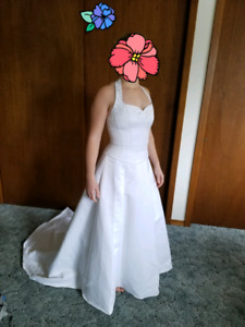 Wedding dress big size 4 small 6