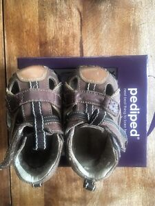 Pediped Soft Shoes sandals / Size 5 / 12-18 months