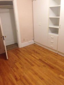 390 room for rent - OCT 1ST