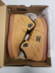 Youth size 4 DC Winter boots