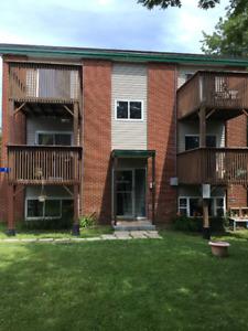 2 Bedroom Apt w/ balcony  - Heat&Hot Water Included, 880-5298