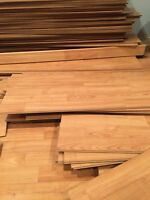 Plancher flottant - 500 pi2 approx - 1/4 po (6mm) - 150$