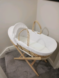 Moses basket for sale £25