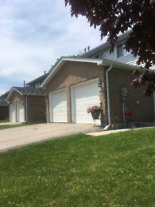 3 BEDROOM TOWNHOUSE IN ORILLIA FOR RENT