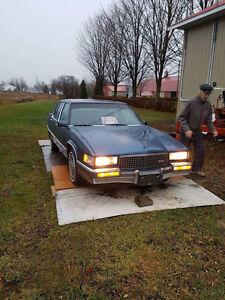Cadillac Fleetwood 89'