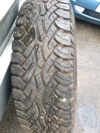 235 85 R16 Continental Cross contact 4x4 winter