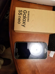 SAMSUNG Galaxy S5 neo, with box