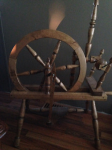 Wooden spinning wheel