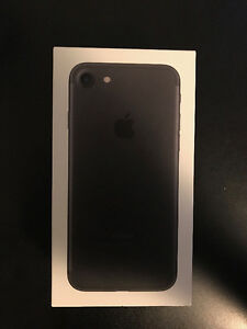Matte Black 32GB iPhone 7 locked to Rogers