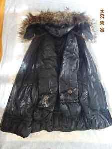 Vêtements pour la fille  adolescente de 10 à 14 ans West Island Greater Montréal image 4