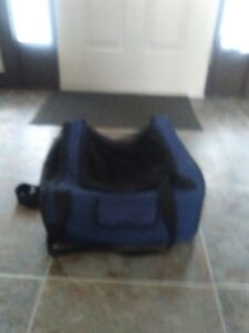 Airline approved dog carrier for cabin (Small Dog or Cat)