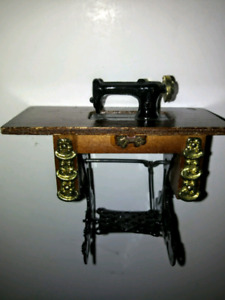 Doll house sewing machine