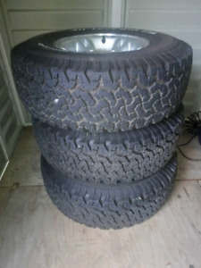 5 Dodge Dakota tires great condition. 31 x 10.50 R15. Great for