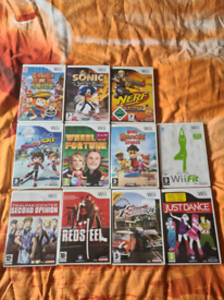 Nintendo wii games/Nintendo wii microphones/all different prices