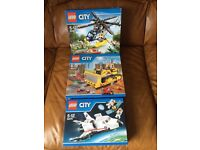 Lego city set 60067 ( helicopter only one left)