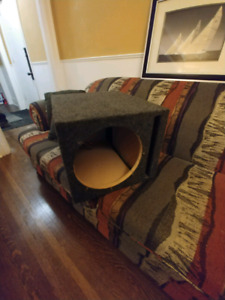 """12"""" ported subwoofer box *$40 firm*"""