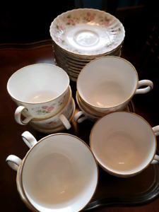 Tea cups and saucers - 9 of each