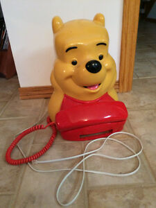 Winnie The Pooh operational  Desk phone with wall adaptor