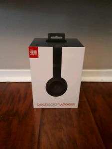 Beats by Dre Solo 3 head phones