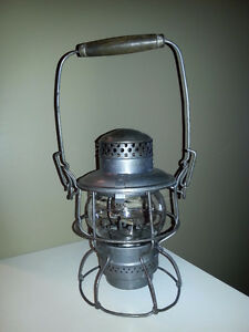 CPR kerosene hand railway lamp mint condition