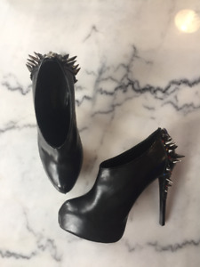 Excellent Condition Ruthie Davis Dr. Spike Booties
