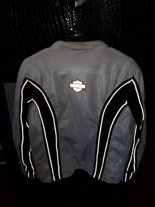 Ladies size medium harley davidson jacket