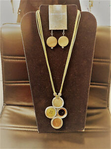 Button Cord fashion piece necklace and earrings