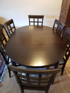 $99  Extendable Wood Dinner Table with 6 Chairs for Sale