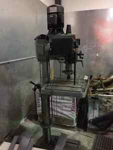 "21"" Gearhead Milling Drilling Machine for Sale"