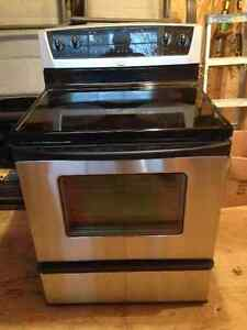 Whirlpool Stainless Steel Smooth Top Range