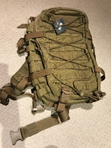 Canvas Hiking/Army Backpack NEVER USED