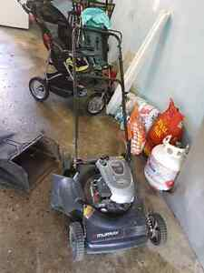 Lawnmower only 60$ for sale