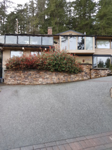 Great priced house in Caulfield, West Vancouver