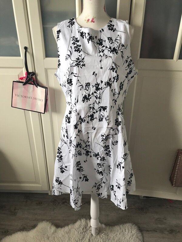 Zaful Kleid Damen Sommer XL Blumen weiß schwarz