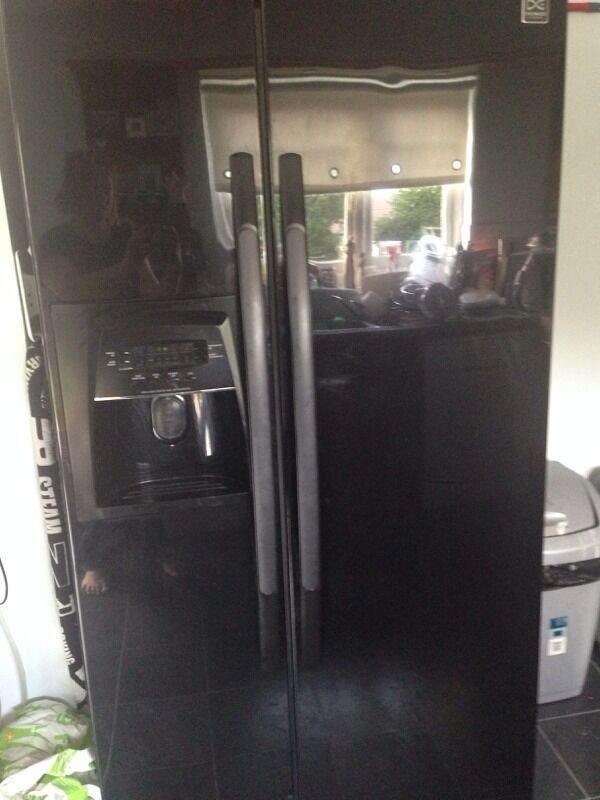 Daewoo American Fridge Freezer   in Blantyre, Glasgow   Gumtree
