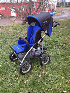 *Like New* Quinny Freestyle 4XL Stroller
