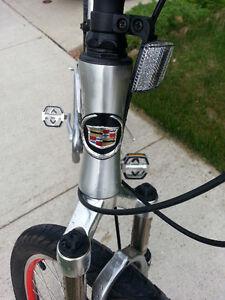 One of a kind Cadillac Luxury Sport Bicycle Kitchener / Waterloo Kitchener Area image 7