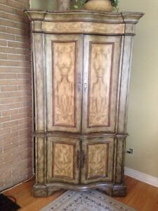 Solid wood tv unit/armoire
