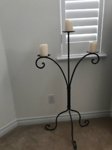 Free standing floor  candle  holder: