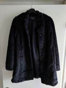 BNWT Kenneth Cole Faux Fur Jacket