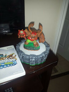 like new skylanders figures and 2 portals wired & wireless Cambridge Kitchener Area image 2