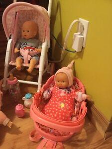 Bébés avec accessoires