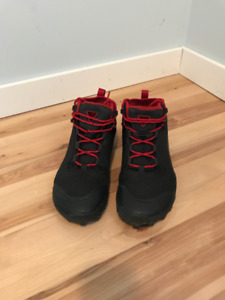 VIVOBAREFOOT Hiker SG Boot- Nearly new- Eur 42